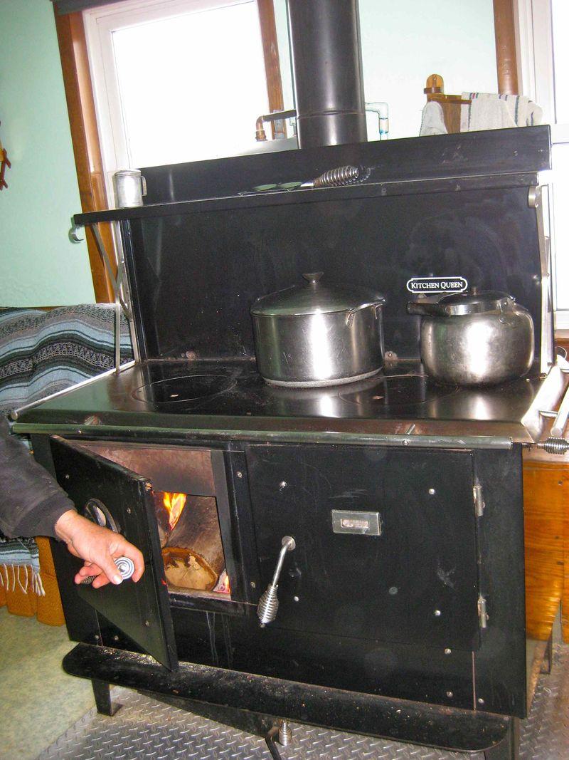 Amish_stove