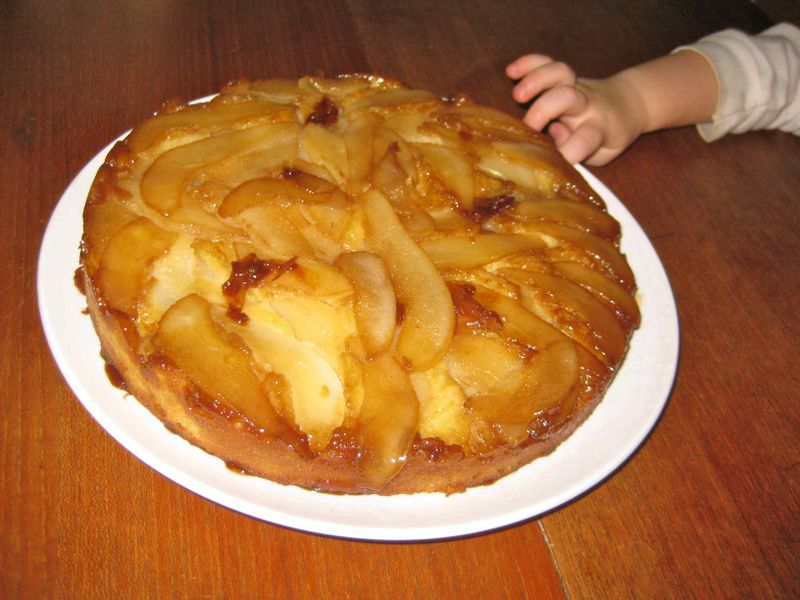 Pear_upside_down_cake