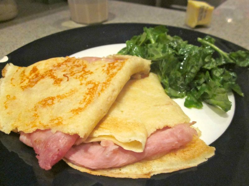 Ham_and_cheese_crepe