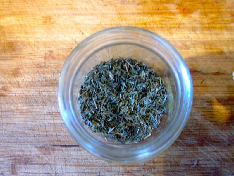 Dried_thyme