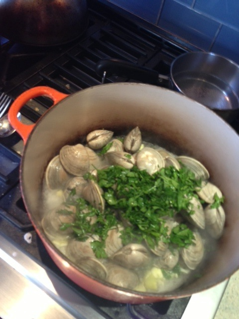 Clams_cooking