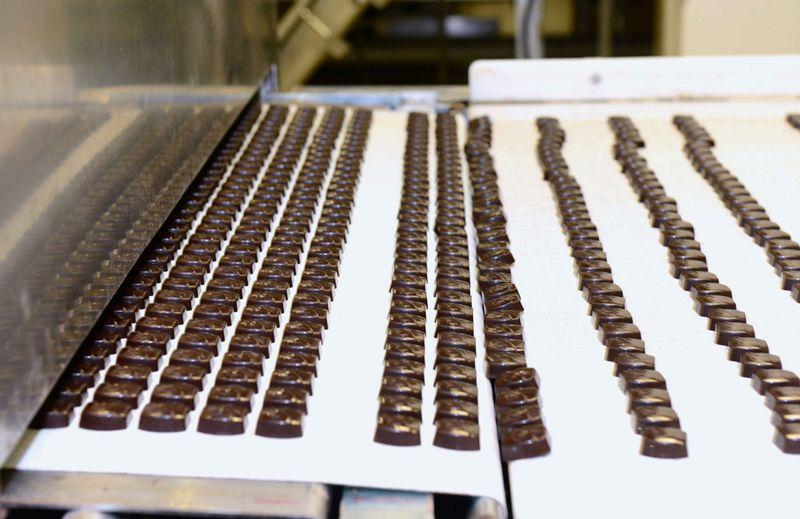 Chocolate_line_factoryLR3