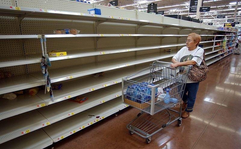 Empty-shelves-dtv-converter-boxes-shortage
