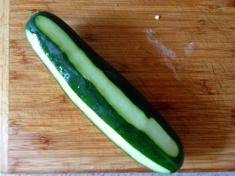 Cucumber_Peeled